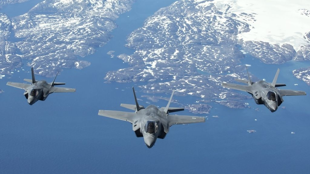 Avión F-35 Lightning llega al Reino Unido
