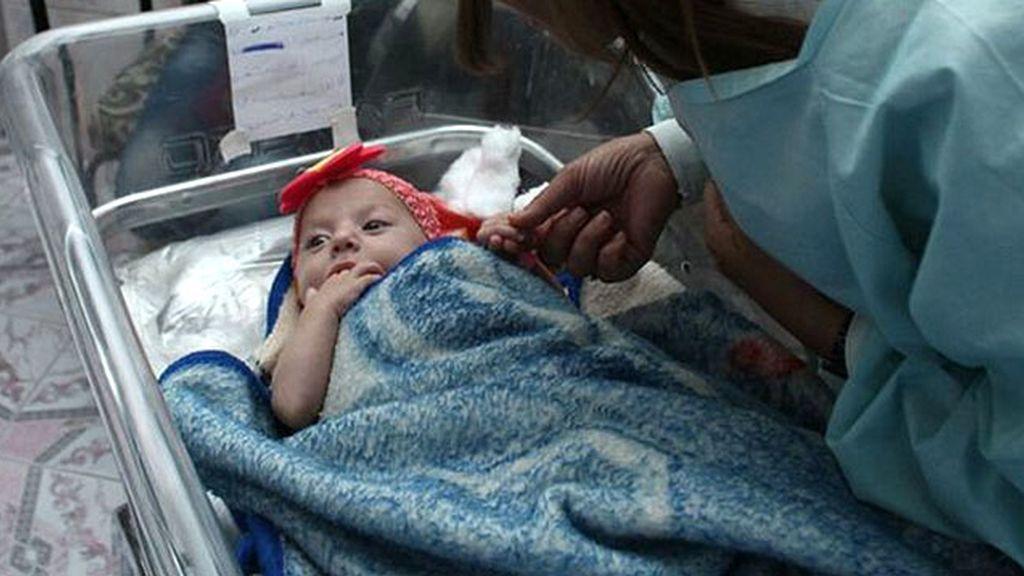 Intenta matar a su hija y quitarse la vida tras perder a su familia en la guerra de Siria