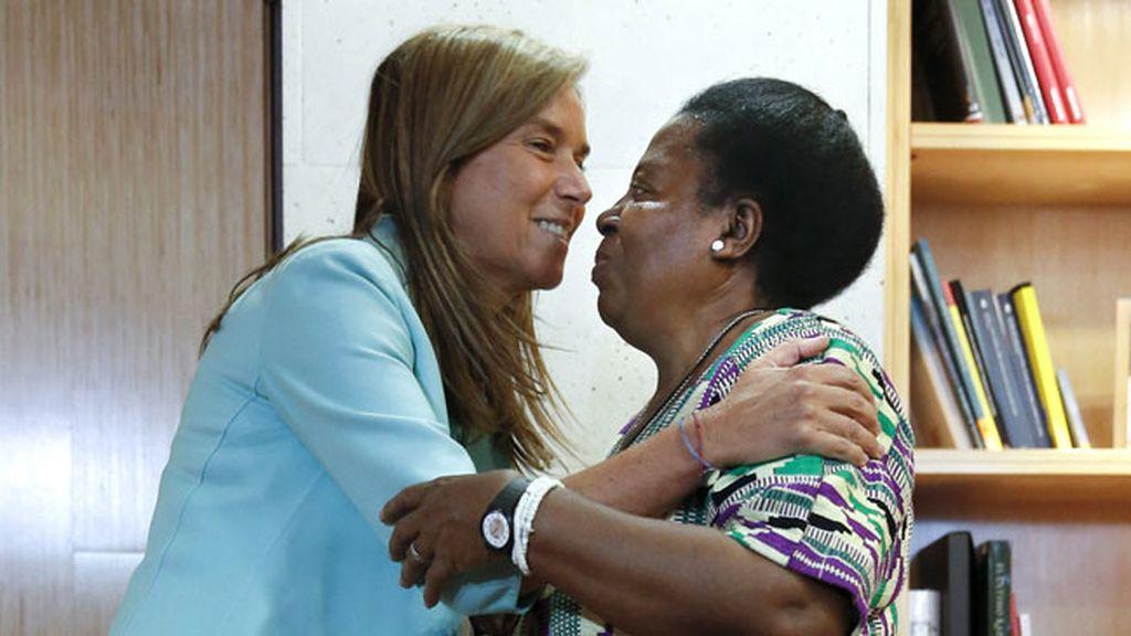La ministra de Sanidad recibe a la hermana Juliana