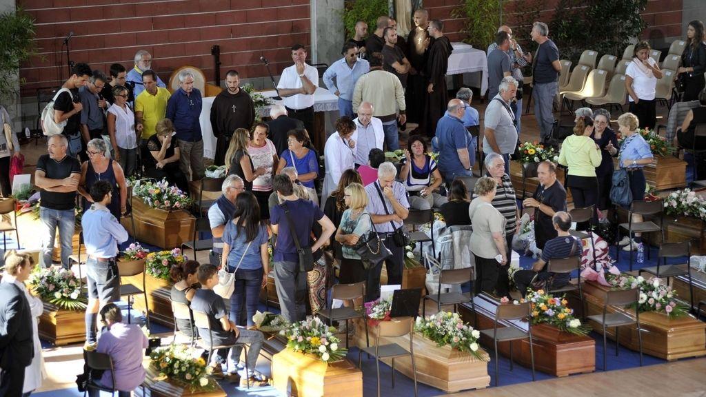 Funeral por las víctimas de Italia