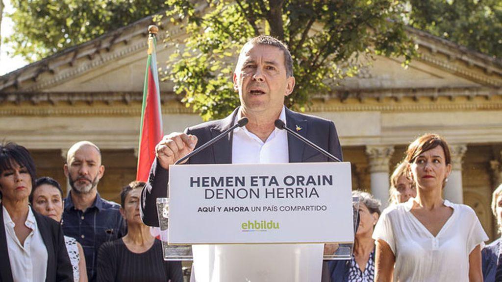 """Otegi: """"Sin derecho a decidir, este pueblo está condenado a la dependencia"""""""
