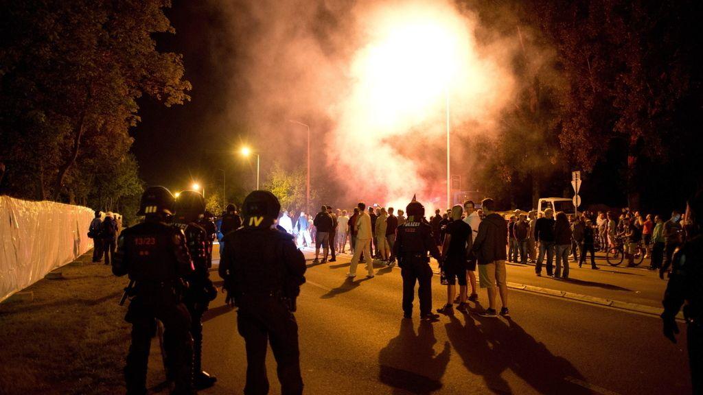 Disturbios en una protesta anti-inmigración dejan varios heridos en la ciudad alemana de Heidenau