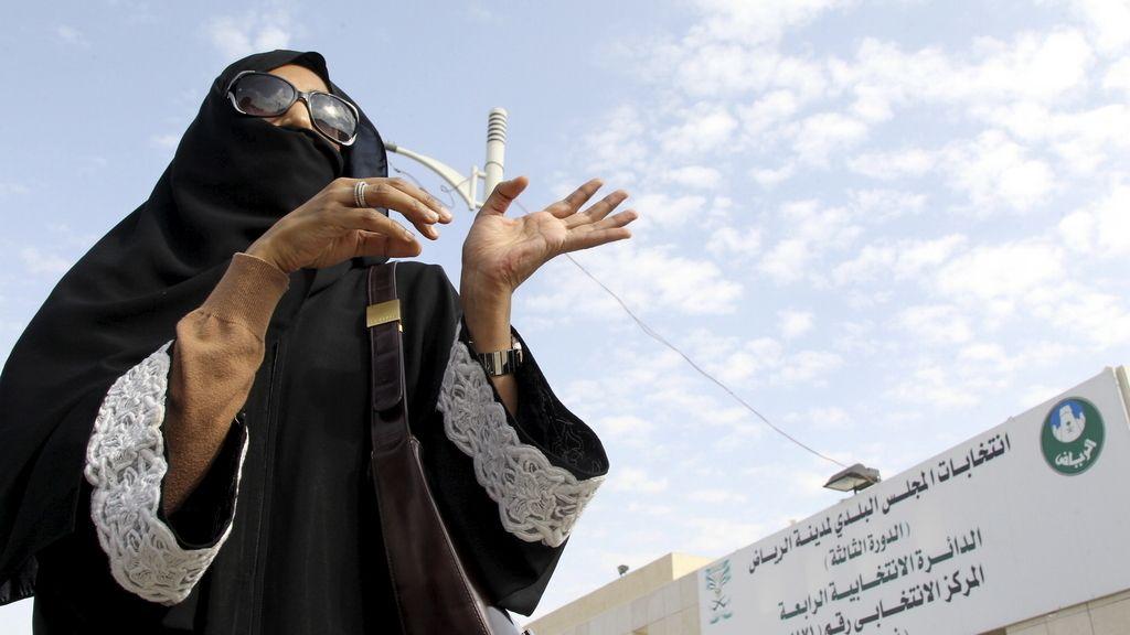 Una mujer se alza con un histórico escaño en La Meca tras las elecciones municipales de Arabia Saudí
