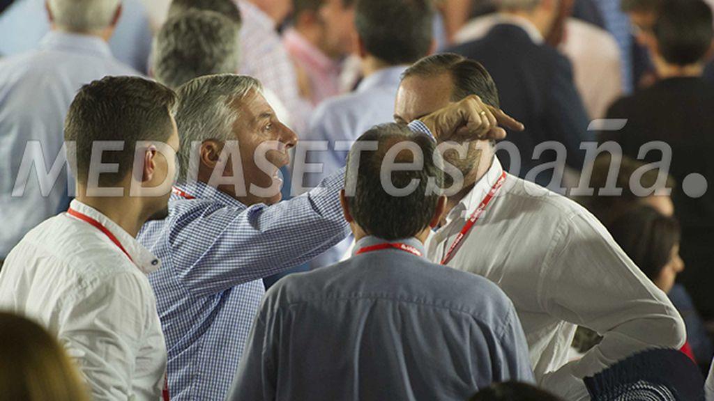 """Blanco: """"Estaremos muertos y Rajoy haciendo los carteles de la campaña"""""""