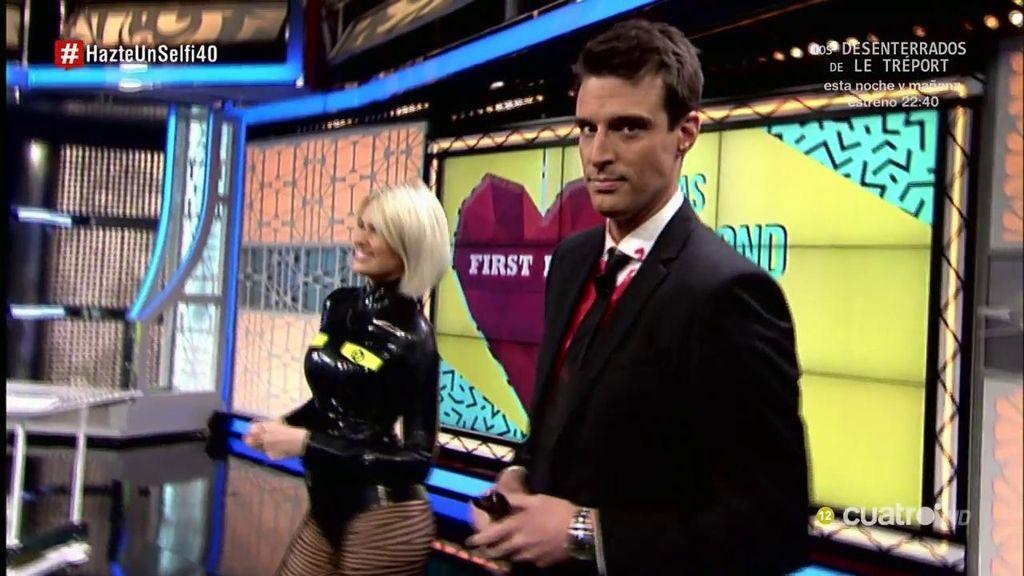 Los presentadores de 'Hazte un selfi' revolucionan el programa en 'Halloween'