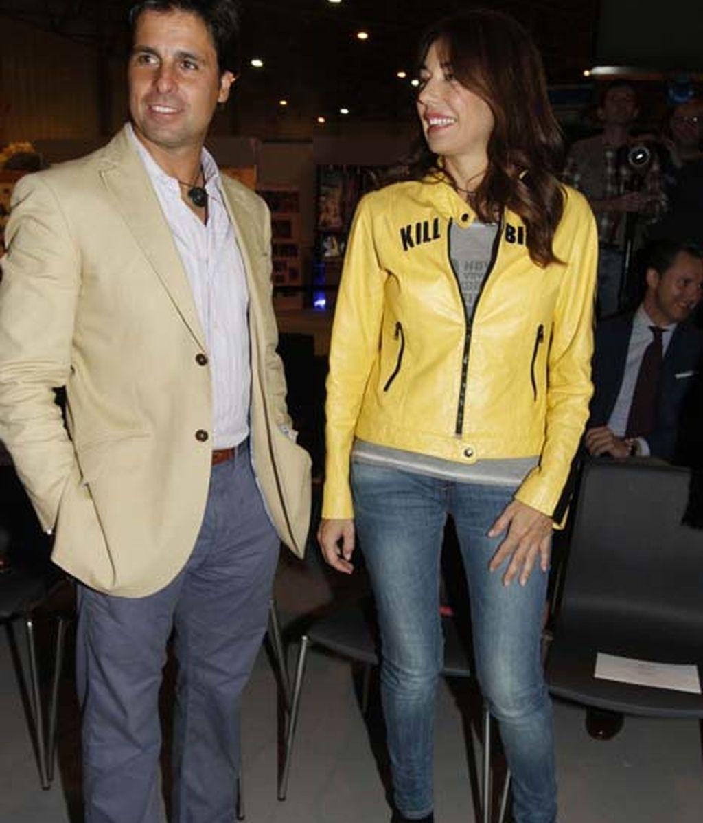 Francisco Rivera junto a la modelo y empresaria Raquel Revuelta
