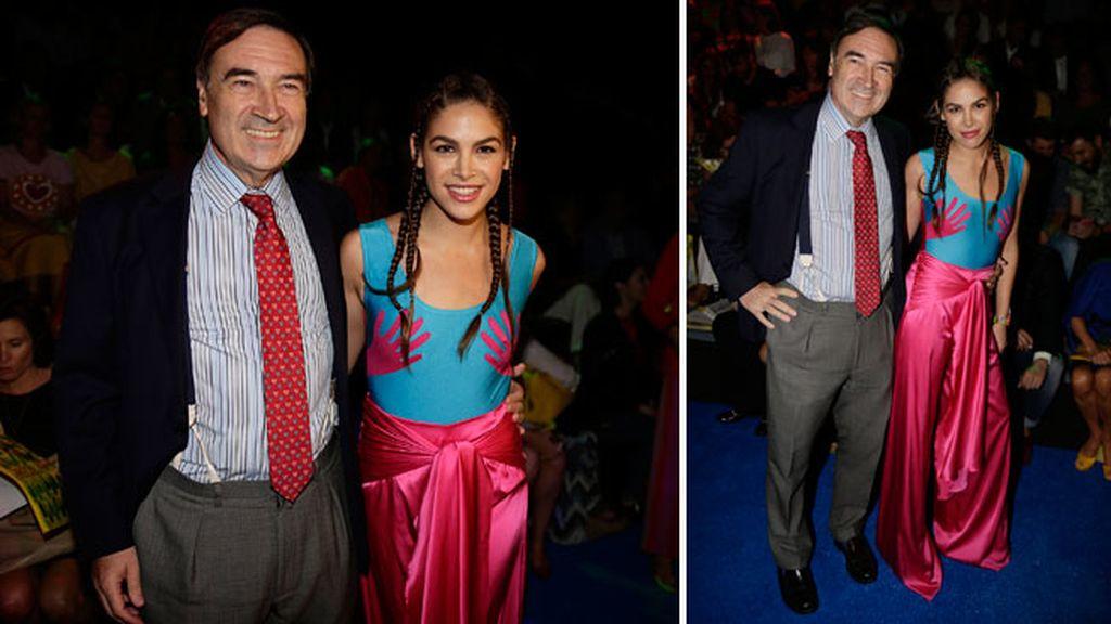 Pedro J.Ramirez y Cosina Ramirez en el desfile de Agatha Ruiz de la Prada