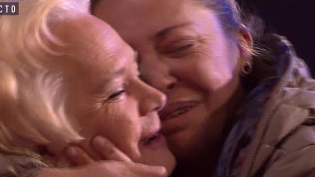 """Belén Esteban, a su madre: """"¡Ay mamá que te quiero!"""""""