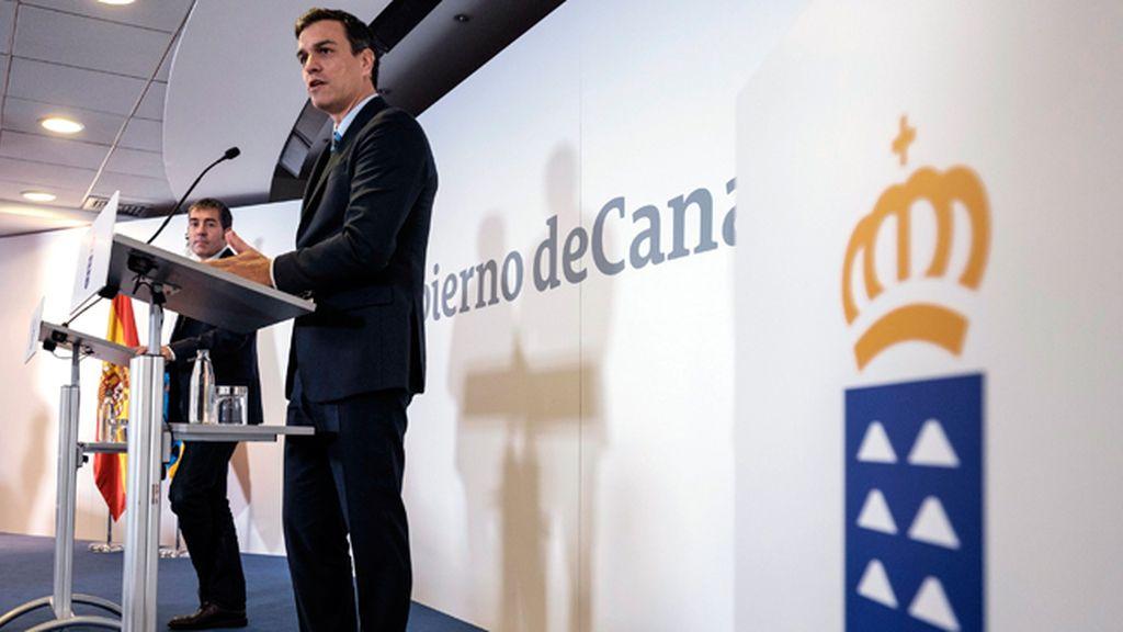 Sánchez continúa su visita a las islas Canarias