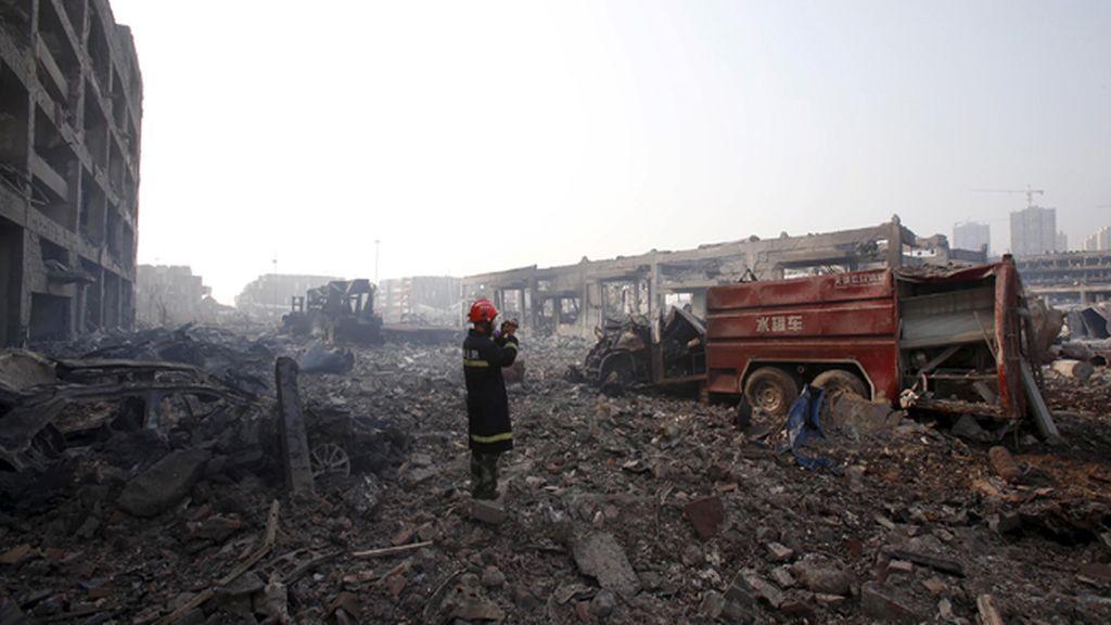 Aumentan los muertos tras las explosiones en Tianjin, en China