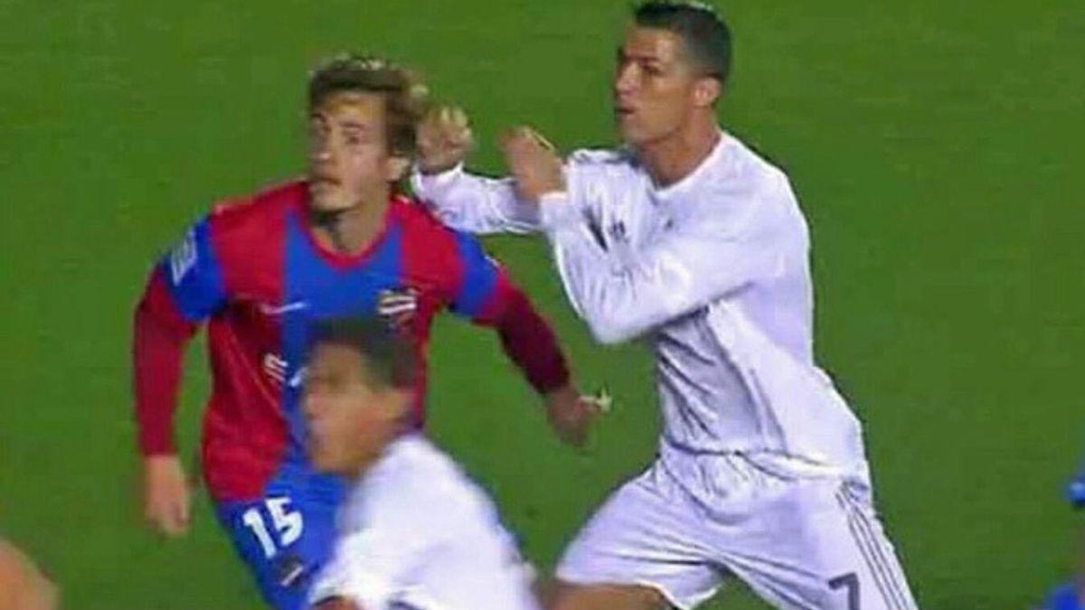 Cristiano Ronaldo, Real Madrid, Levante