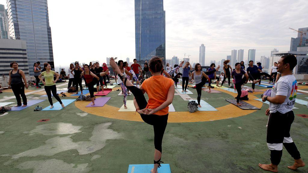 La nueva moda en indonesia: deporte entre rascacielos