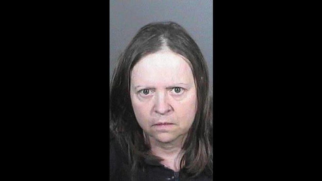 Detenida en Los Angeles una mujer que vivió hasta con 74 seudónimos en cinco años