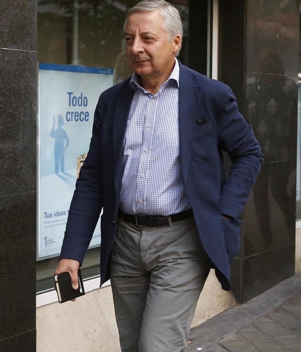 El socialista José Blanco, a su llegada a la sede del PSOE en la madrileña calle de Ferraz