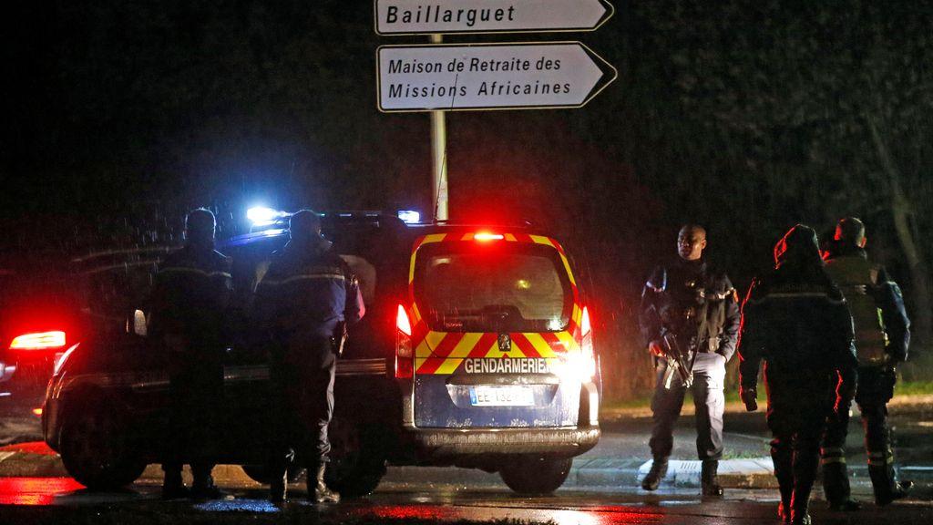 Un hombre mata a una persona en una residencia de monjes en Francia y huye