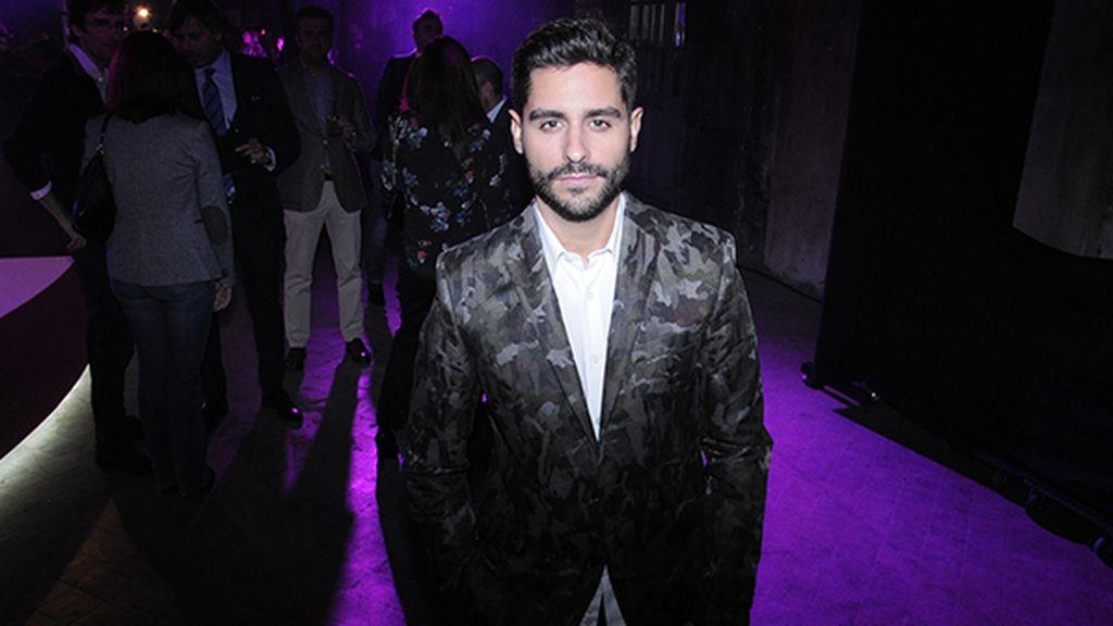 El actor Miguel Diosdado con chaqueta de García Madrid