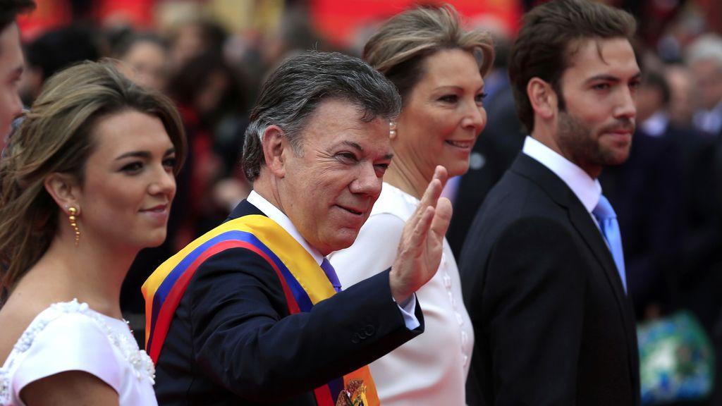 Santos comienza su segundo mandato como presidente de Colombia