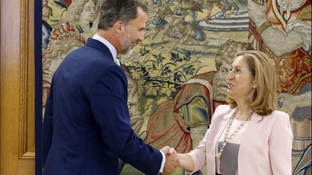 Felipe VI se reúne con Ana Pastor