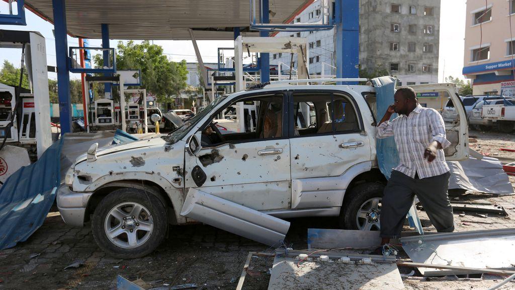Un ataque bomba suicida siembra el caos en Somalia