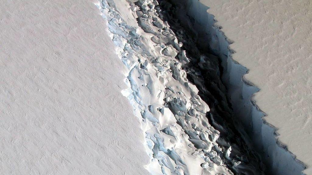 Parte de la grieta en la plataforma de hielo Larsen C