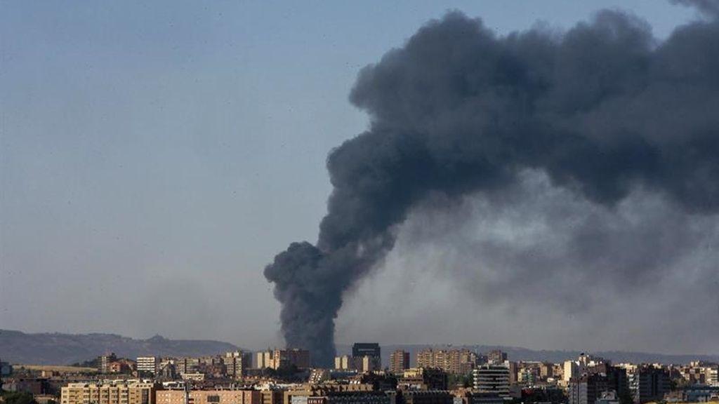 Incendio en una planta de reciclado del polígono industrial de Chiloeches