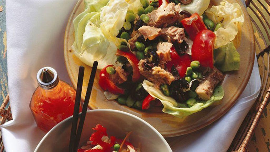 El atún y otros diez alimentos y bebidas saludables que pueden hacerte engordar