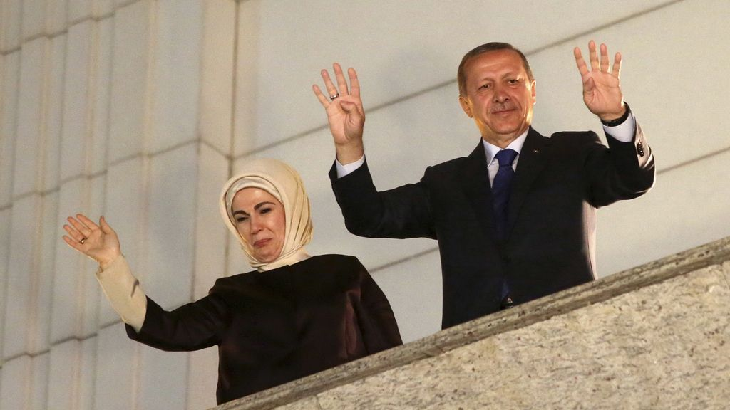"""Erdogan declara la victoria de """"la nueva Turquía"""" tras el éxito del AKP en las municipales"""