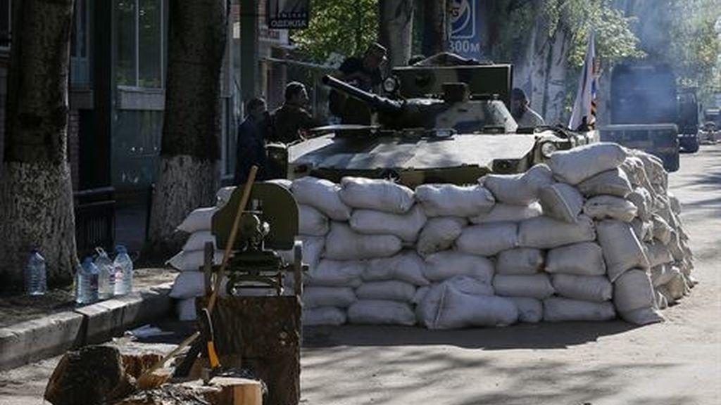 El Ejército ucraniano despliega tropas en la frontera con Rusia