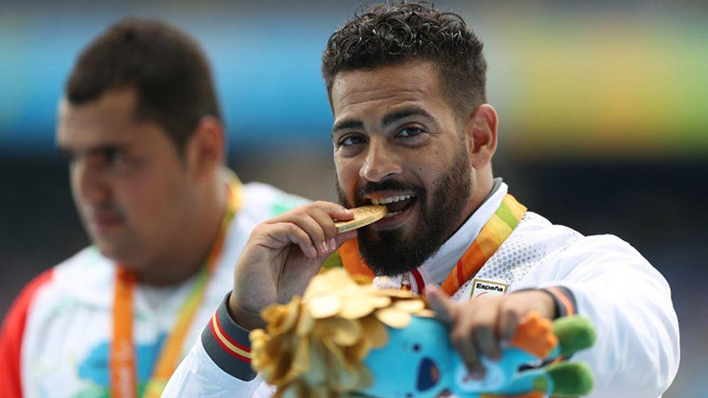Kim López da la primera medalla a España al ganar el oro en lanzamiento de peso