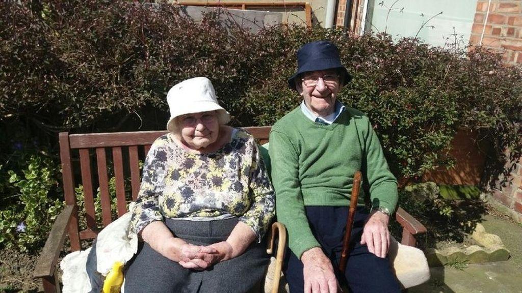 Jay y Jessie Larrison se ven obligados a vivir separados tras 70 años juntos