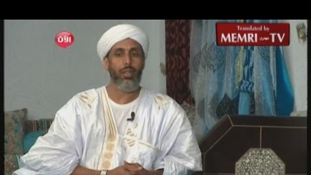Abu Hafs al Mauritani durante una entrevista
