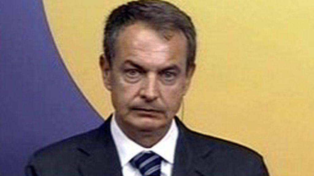 Zapatero prepara la presidencia de la UE