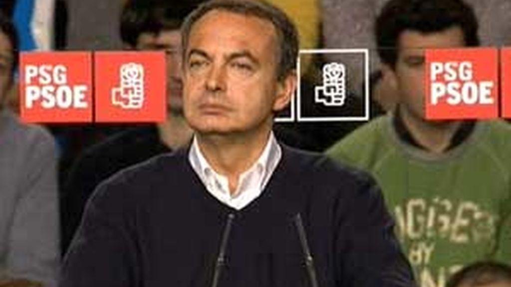 Zapatero, durante el mitin en Ourense. Vídeo: ATLAS
