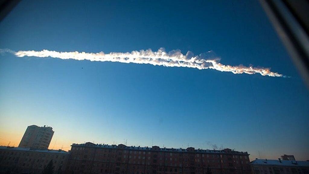 Caída de numerosos fragmentos de un meteorito