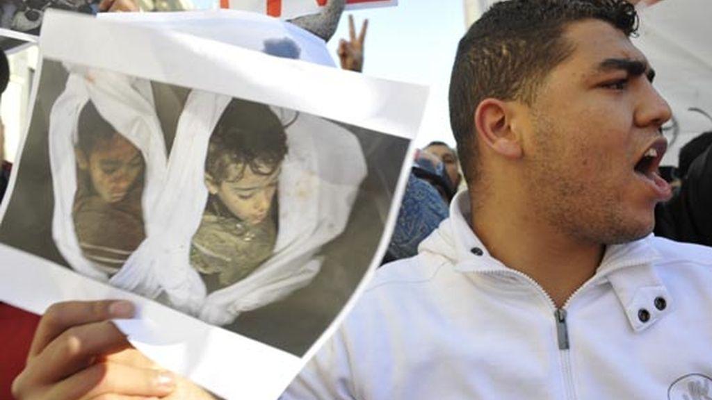 imagen de dos niños fallecidos en los ataques israelíes