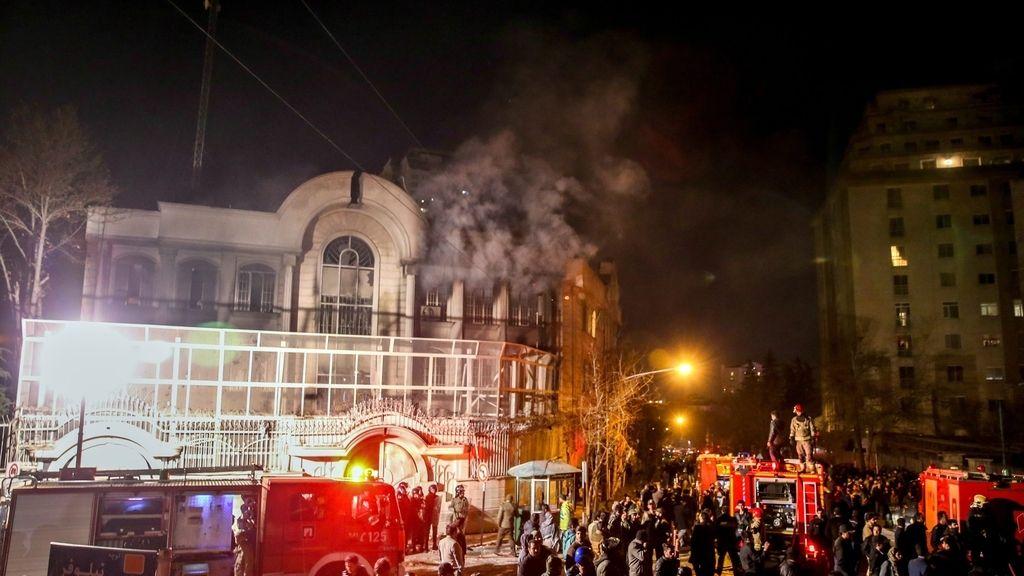 Al menos 40 detenidos en el asalto a la Embajada saudí en Teherán