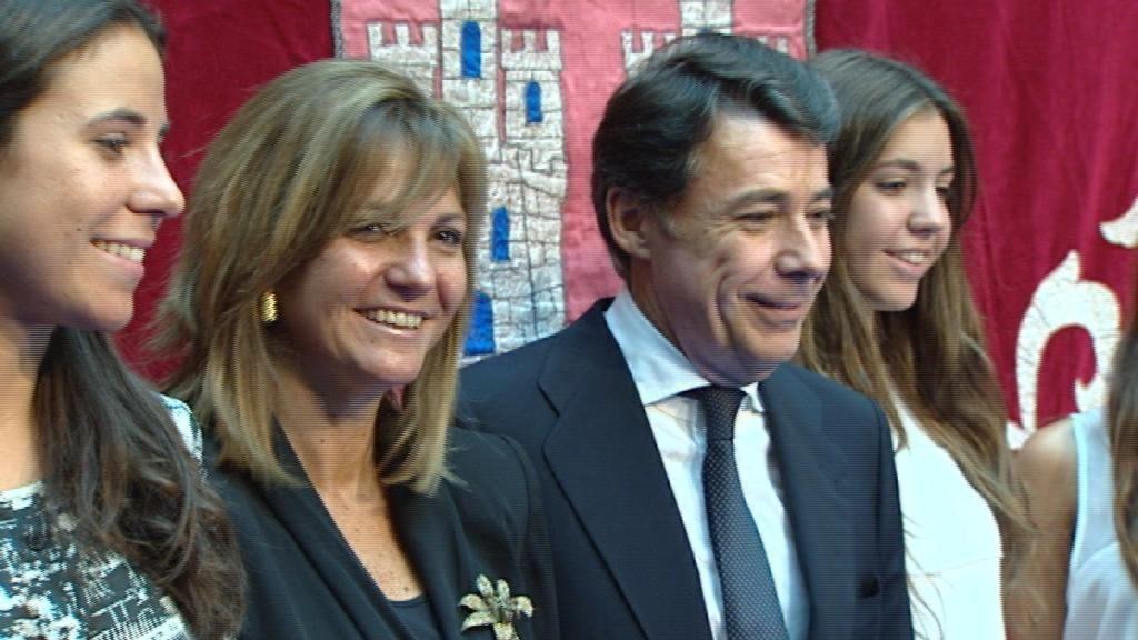 Lourdes Cavero, la esposa de Ignacio González, imputada por el ático de Marbella