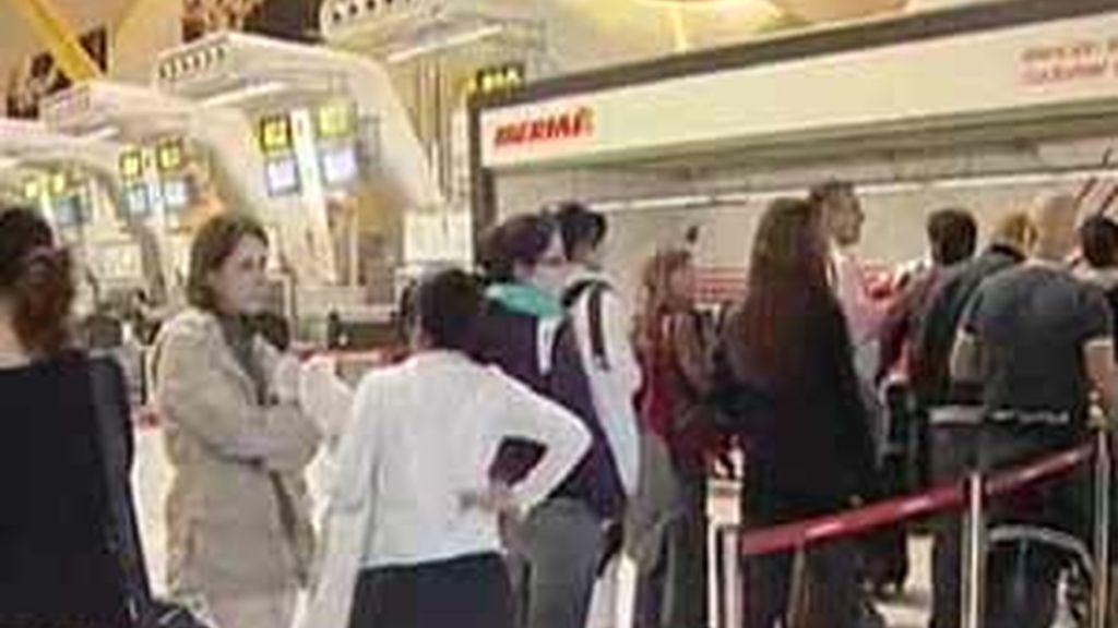 Iberia ha cancelado más de 500 vuelos y ha tenido más de 5.000 retrasos. Foto: Informativos Telecinco