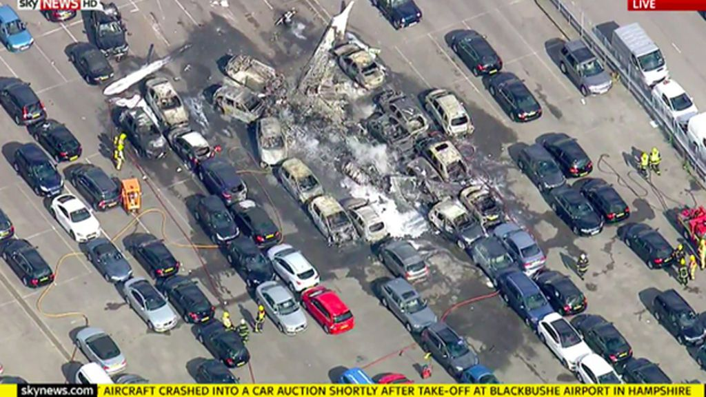 Mueren la hermana y la madrastra de Bin Laden en un accidente de avión