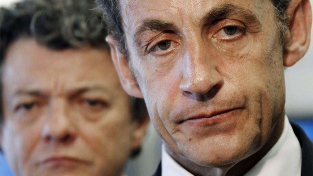 Nicolas Sarkozy en el aeropuerto parisino de Charles de Gaulle