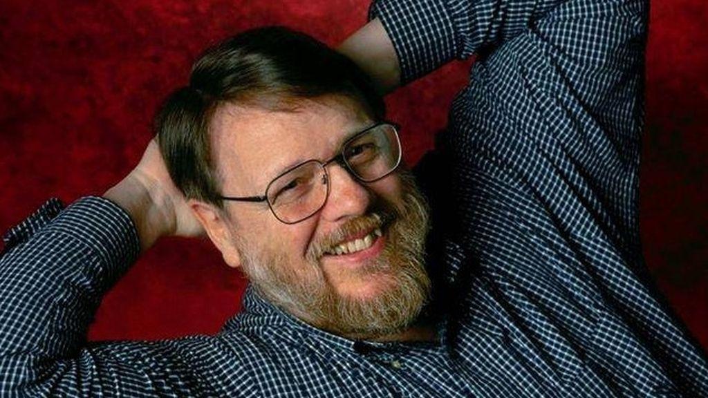 Fallece Ray Tomlinson, padre del correo electrónico