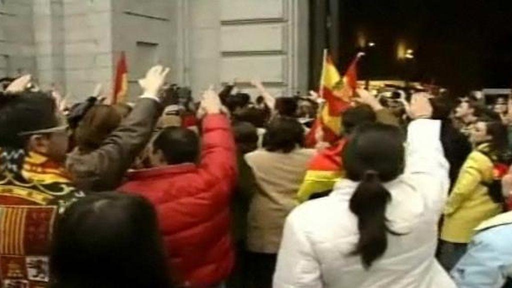 Tensión en el Valle de los Caídos entre los defensores y detractores de Franco