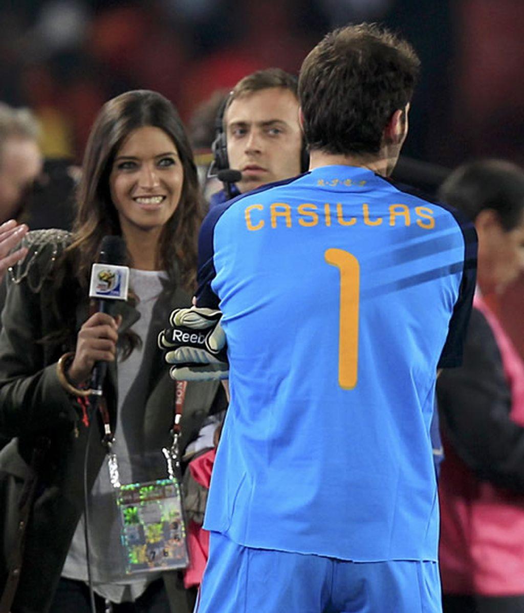 Iker Casillas y Sara Carbonero, tras el Paraguay-España