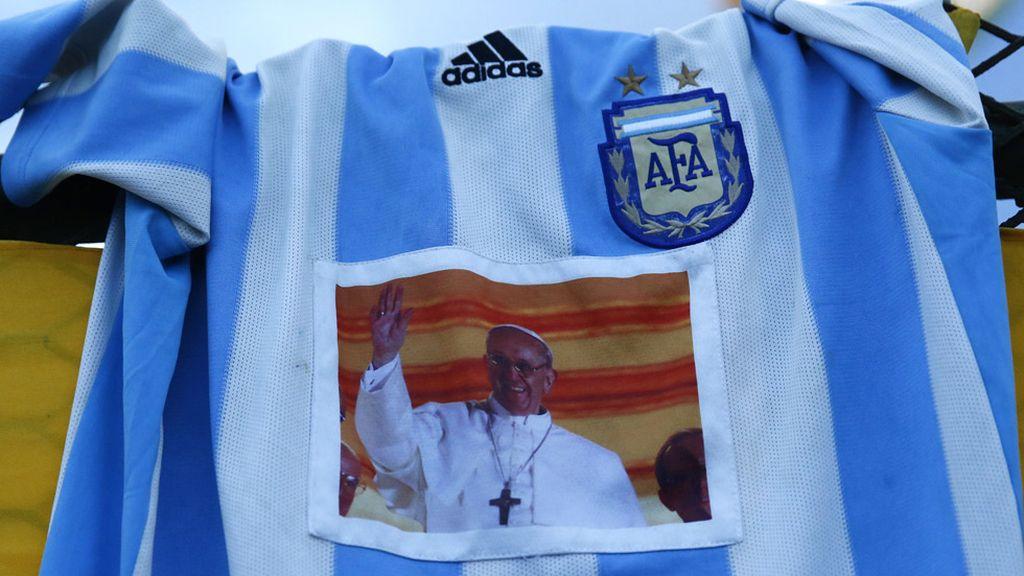 Messi, Maradona y el otro ídolo argentino: El Papa Francisco