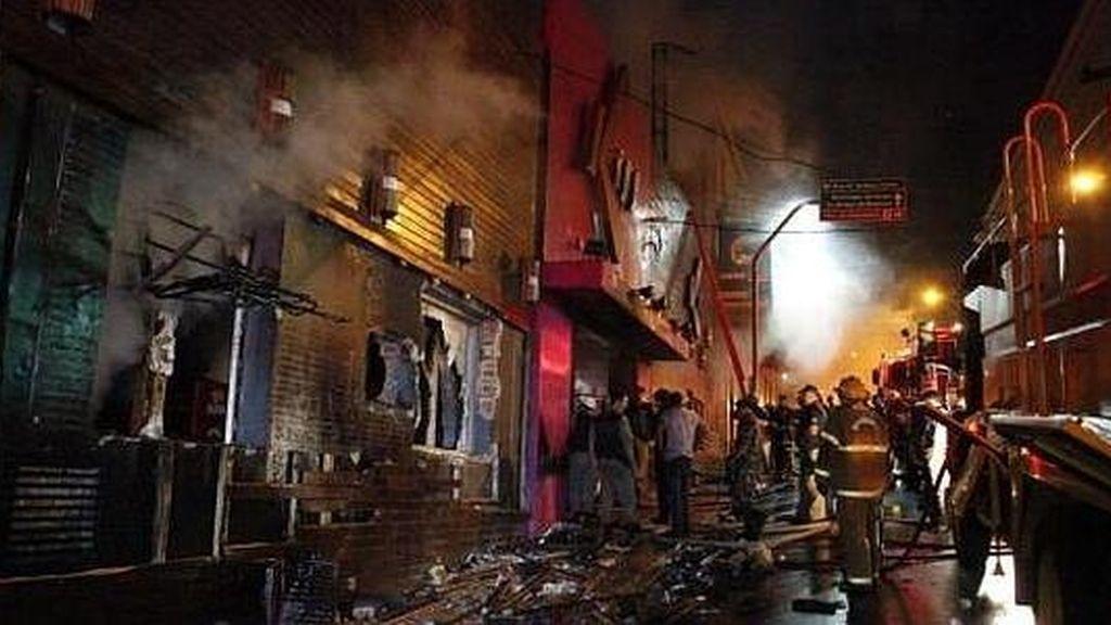 Incendio en una discoteca en Brasil: Zero Hora.