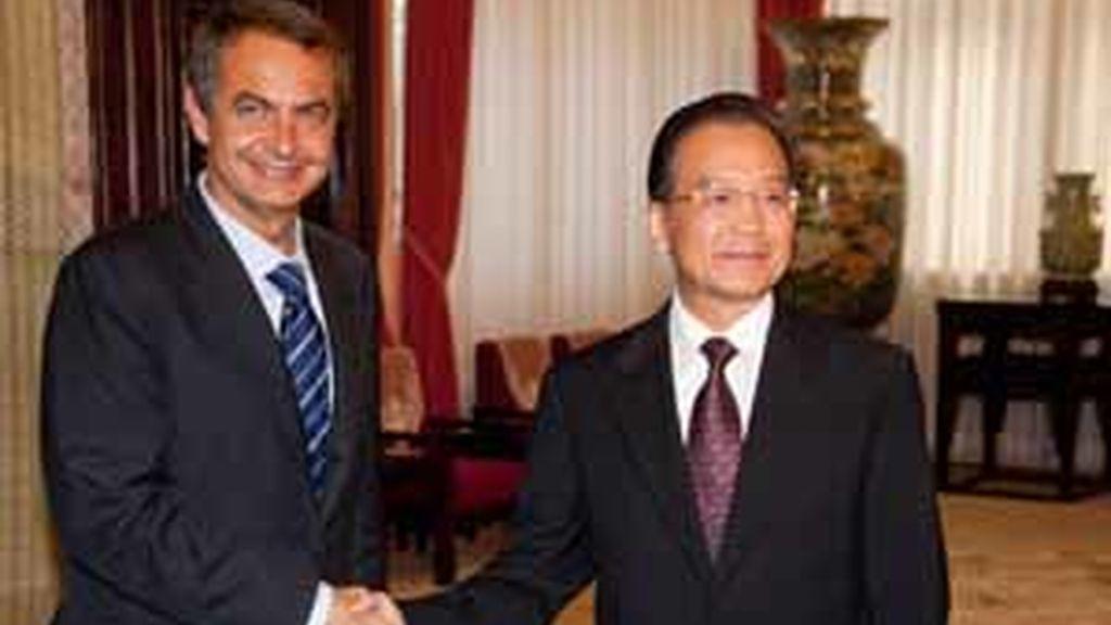 El primer ministro chino promete a Zapatero más importaciones