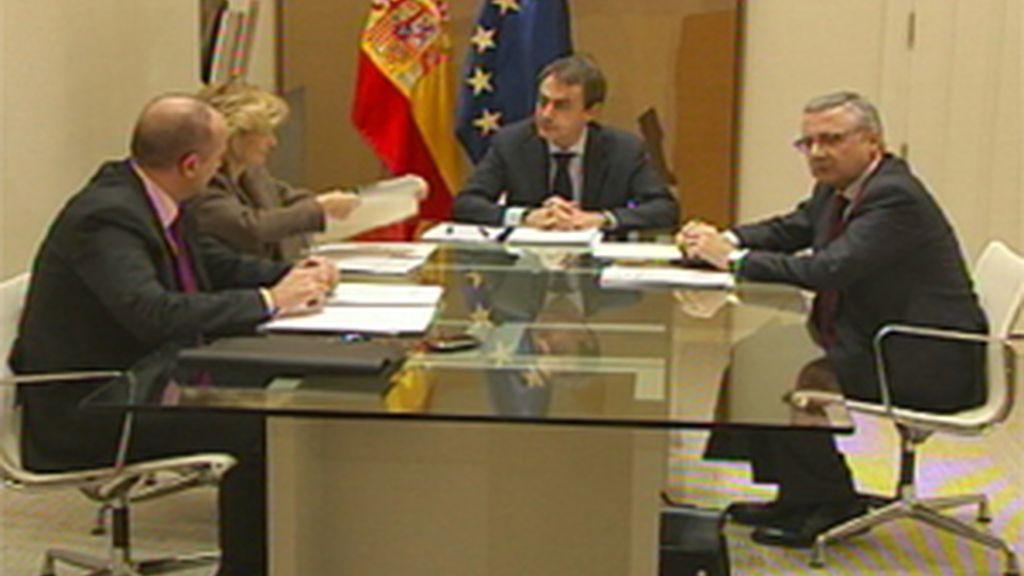 La Comisión del Pacto convoca a los partidos el 25 de febrero
