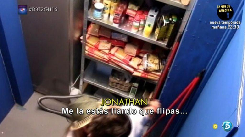 """Jonathan, a Yoli: """"Me la estas liando que flipas"""""""