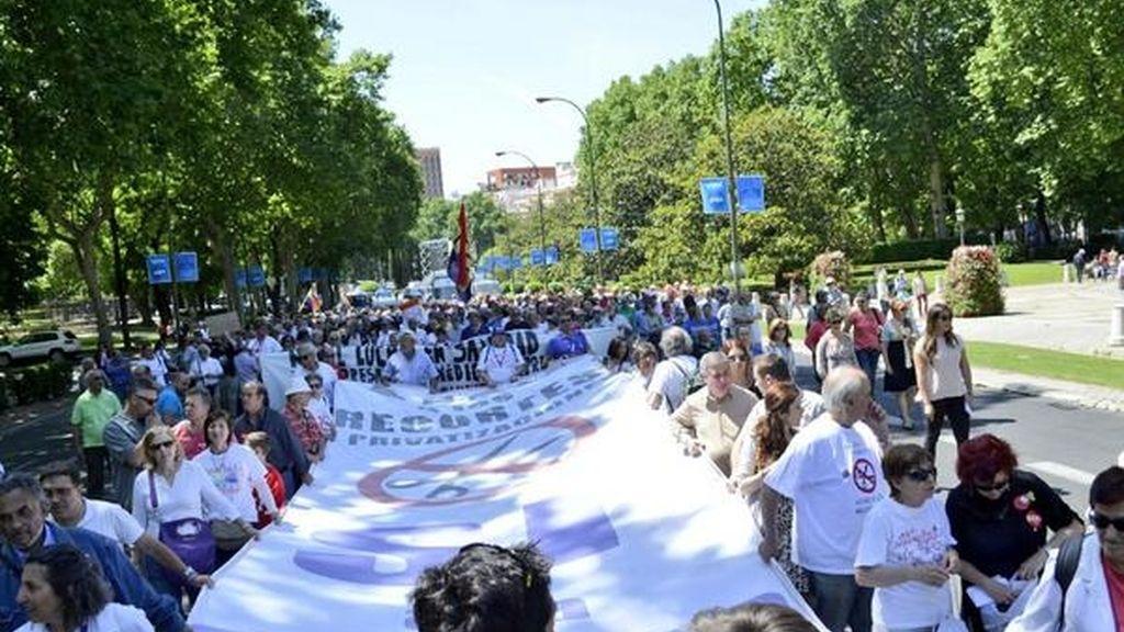 Marea blanca en Madrid. Foto:Twitter Cumbre Social