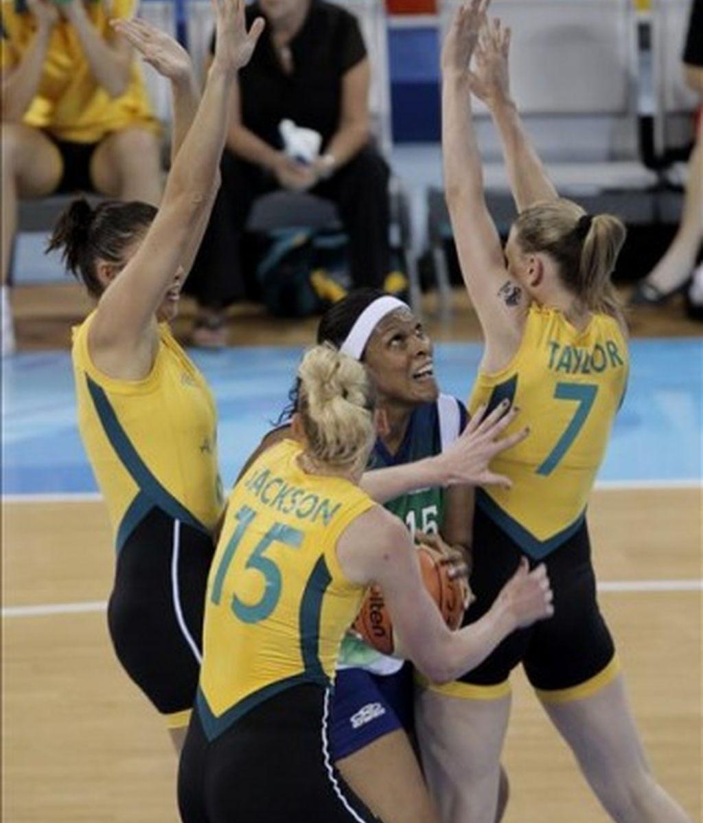 80-65. Brasil se distancia de la segunda ronda